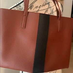 Vince camuto large puse luck tote